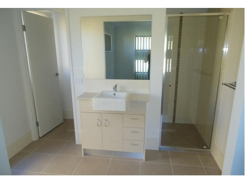 26 Flintwood Street, Rural View QLD 4740