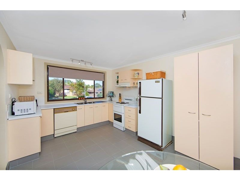 7 Hibiscus Close, Bateau Bay NSW 2261