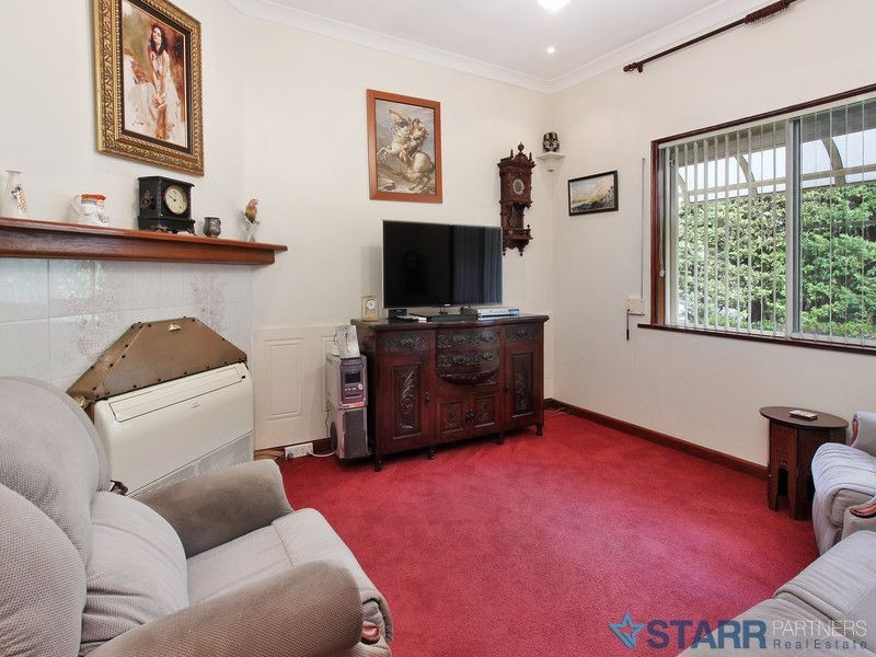 42 North St, Auburn NSW 2144