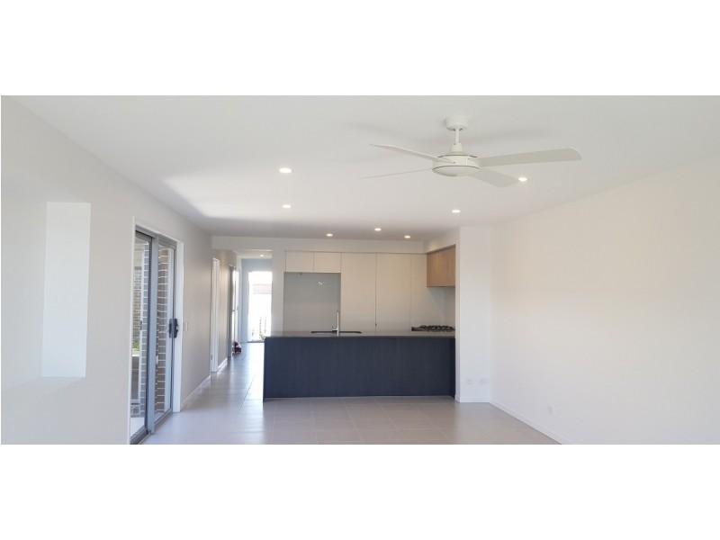 36 Gilvear Crescent, Strathpine QLD 4500
