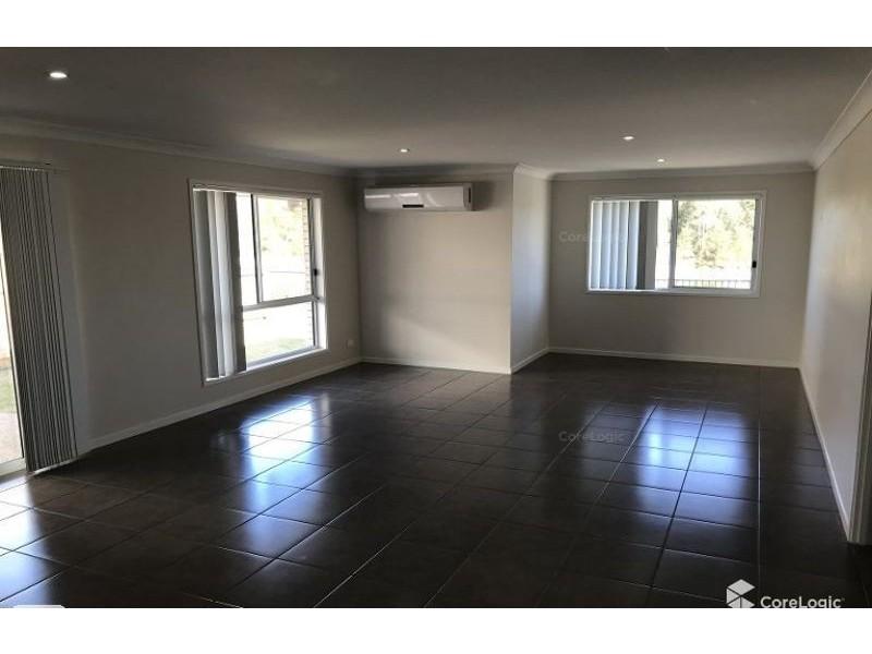 47 Adam Street, Beachmere QLD 4510