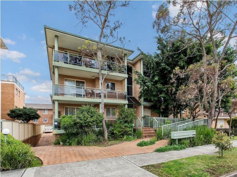 2/13 Oriental Street, Bexley NSW 2207