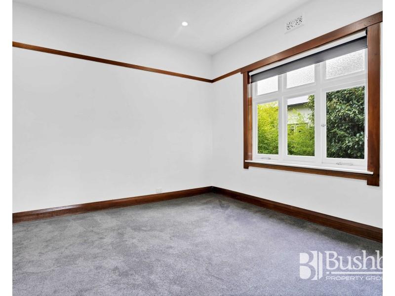16 Hillside Crescent, West Launceston TAS 7250