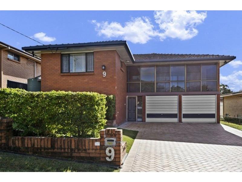 9 Graymond Street, Chermside West QLD 4032