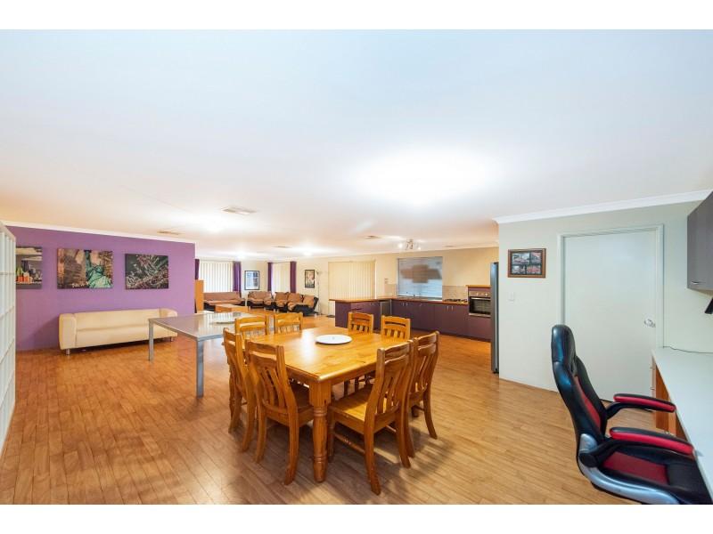 58 Larwood Crescent, High Wycombe WA 6057