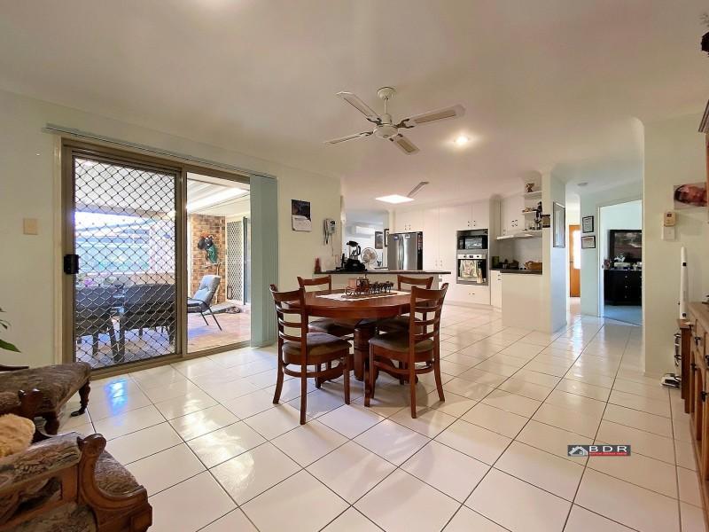 7 Lakeside Drive, Burrum Heads QLD 4659