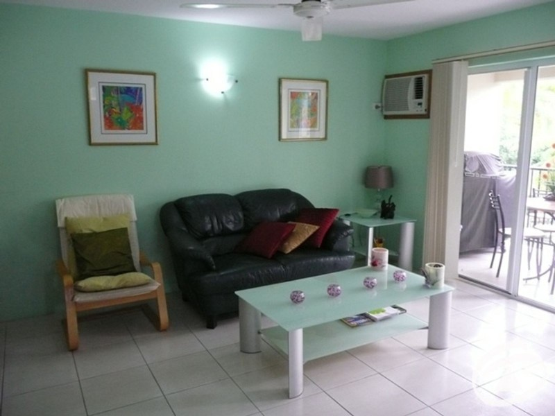 16/239 Lake Street, Cairns North QLD 4870