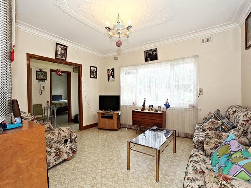 16 Camdon Street, Pascoe Vale VIC 3044