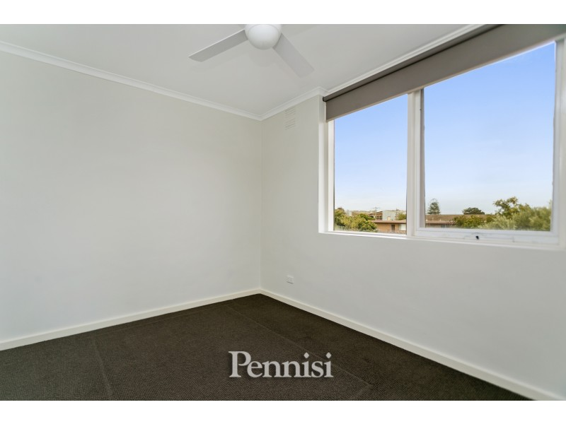 12/13 Empire Street, Footscray VIC 3011