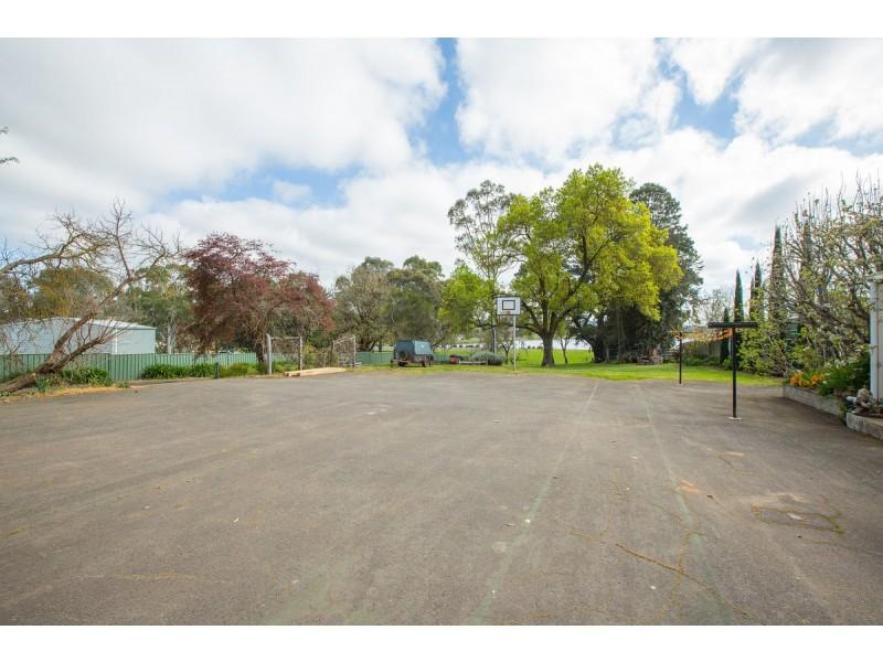 25-29 Ballarat Road, Hamilton VIC 3300