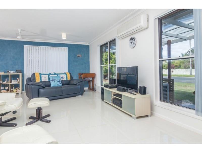 16 Newport Drive, Newport QLD 4020