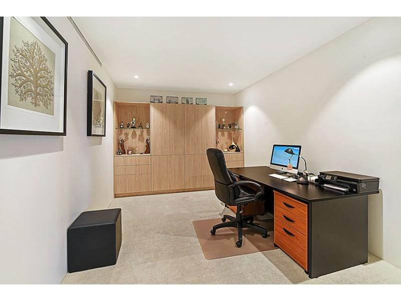 502 E/1 Marina Drive, Benowa QLD 4217