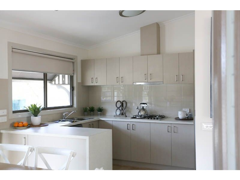 Residence 80 508 Wagga Road, Albury NSW 2640