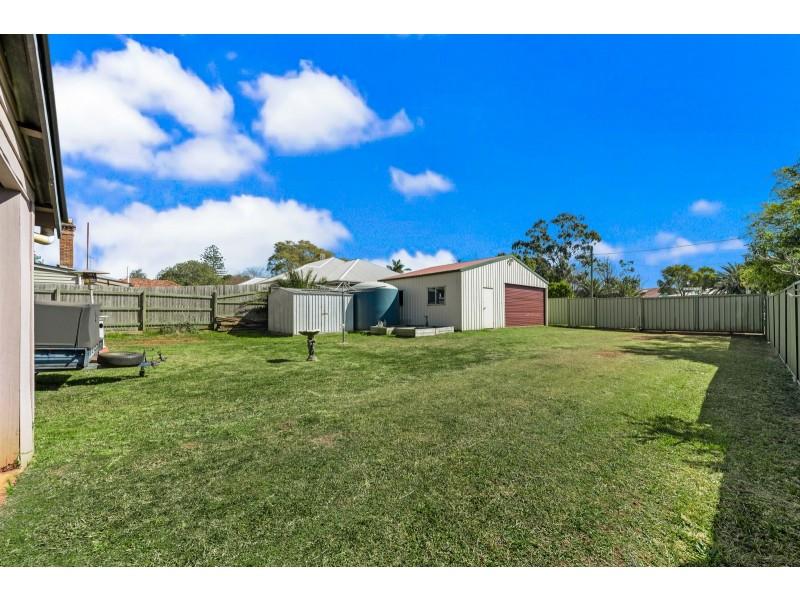 5 Anzac Avenue, Newtown QLD 4350