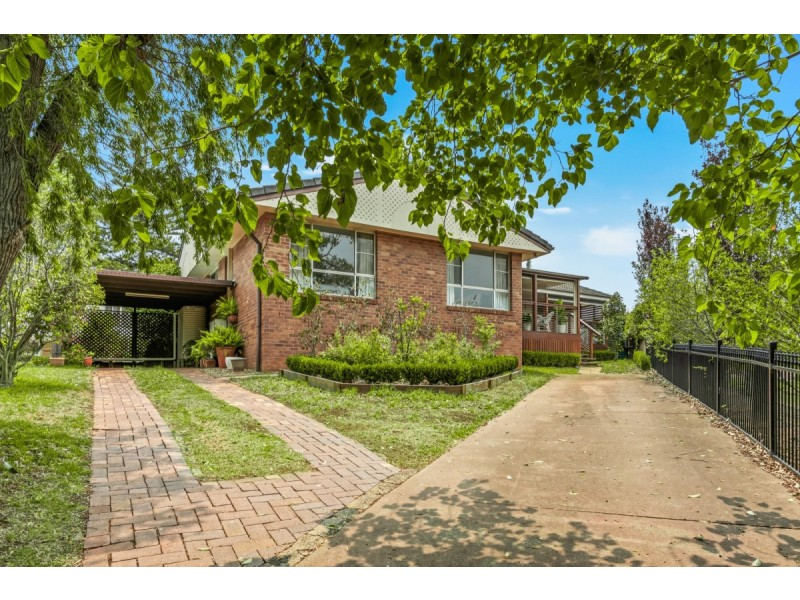 37 Hoey Street, Kearneys Spring QLD 4350