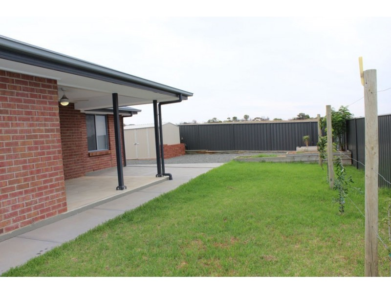 19 North Terrace, Mannum SA 5238