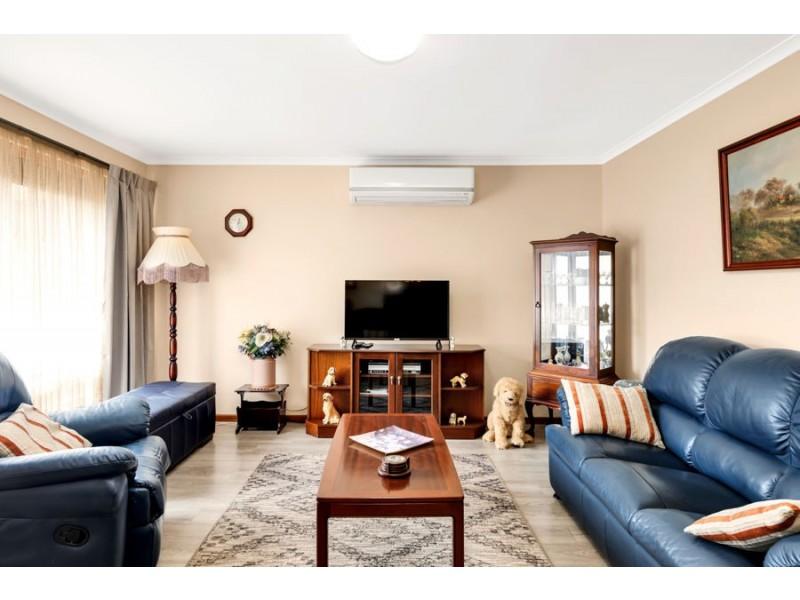 33 Barmera Avenue, Hope Valley SA 5090