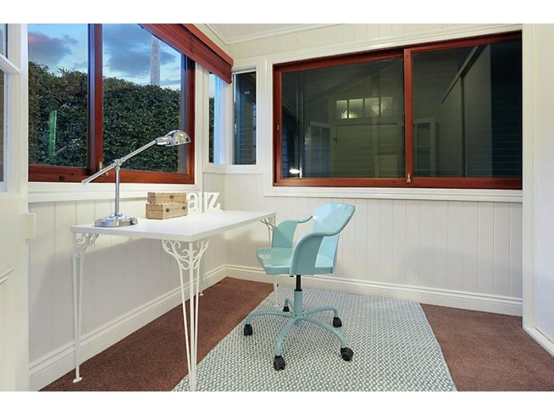 420 Upper Cornwall St, Coorparoo QLD 4151