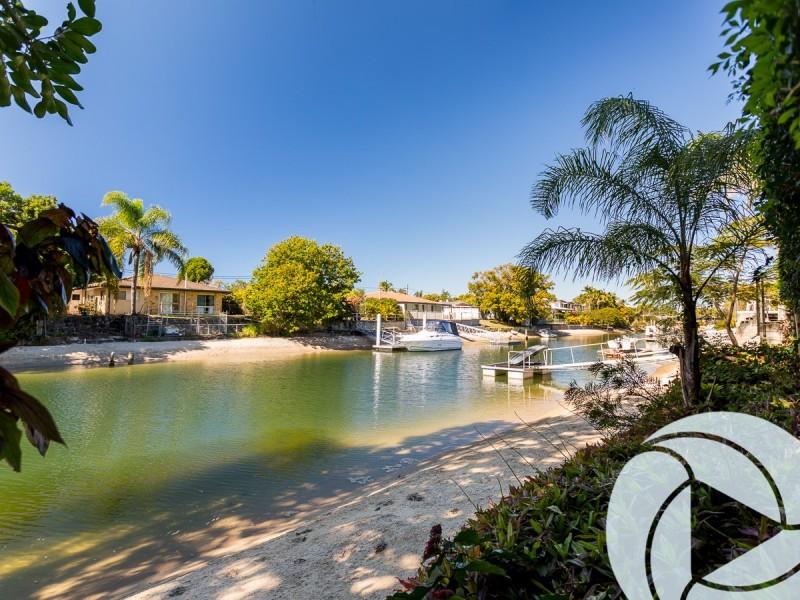100 Rio Vista Boulevard, Broadbeach Waters QLD 4218