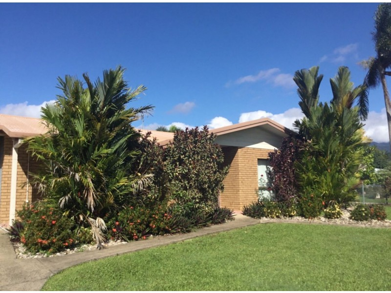 20 Lady Penrhyn Close, Bentley Park QLD 4869