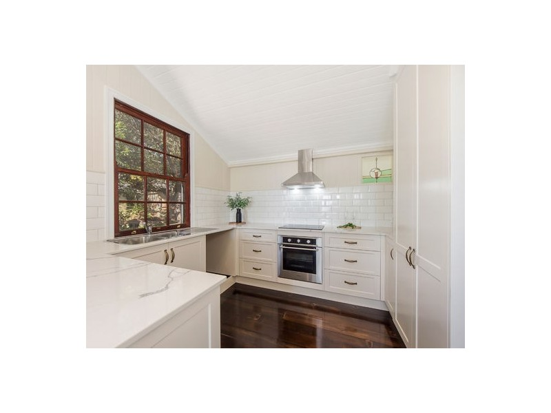 6 View Street, Woodend QLD 4305