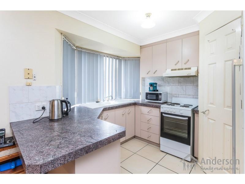 6 Winslow Court, Hillcrest QLD 4118