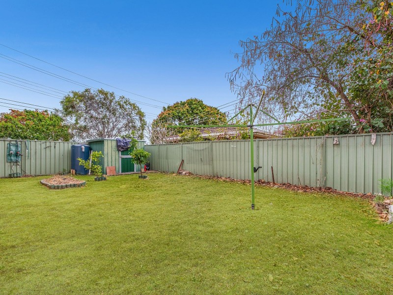 1 Caledenia St, Acacia Ridge QLD 4110