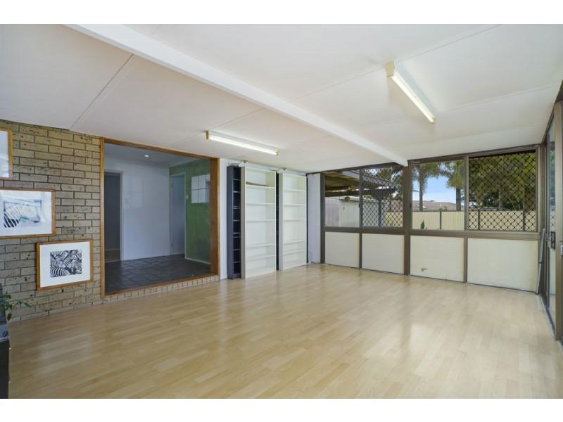 40 Peverell Street, Hillcrest QLD 4118