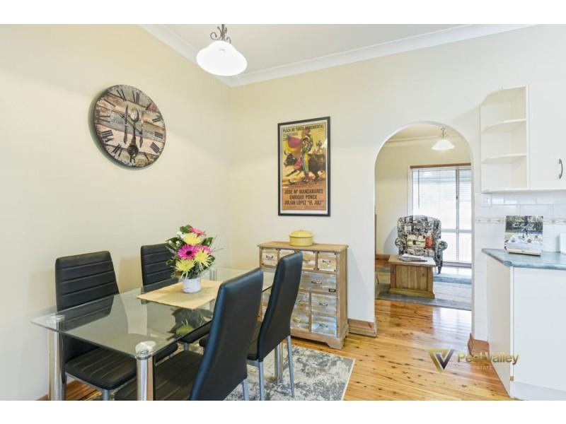 47 Churchill Street, Tamworth NSW 2340