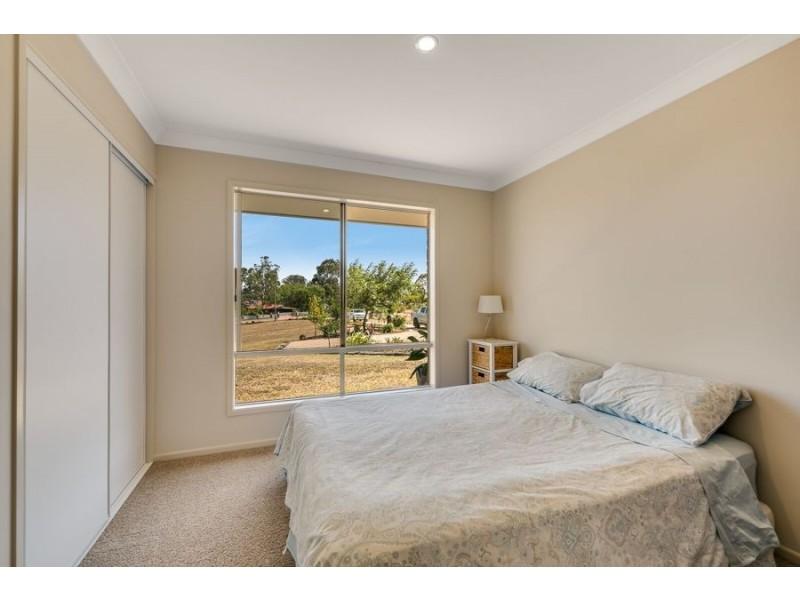 44 Peters Road, Meringandan QLD 4352