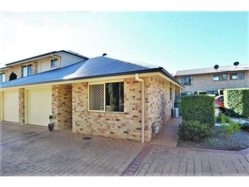 3/27 Gladstone Street, Newtown QLD 4350