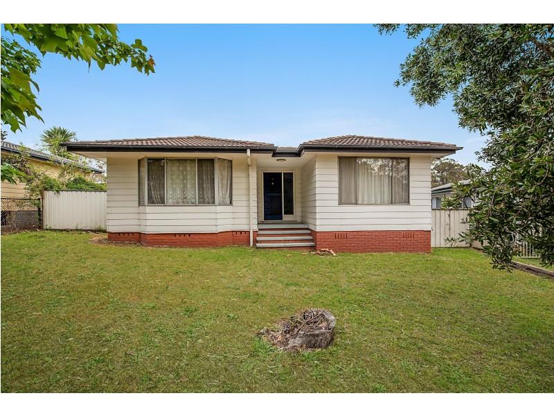 11 Gibbon Close, Thornton NSW 2322