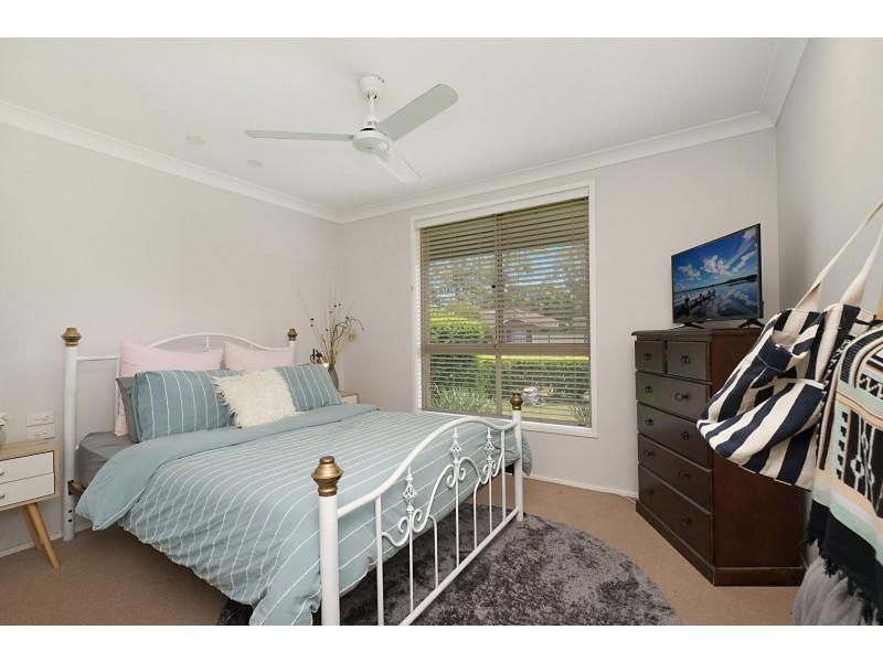 52 Melaleuca Drive, Metford NSW 2323