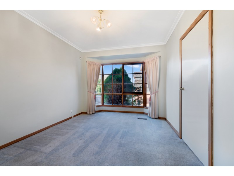 32 Waverley Street, Aberfeldie VIC 3040