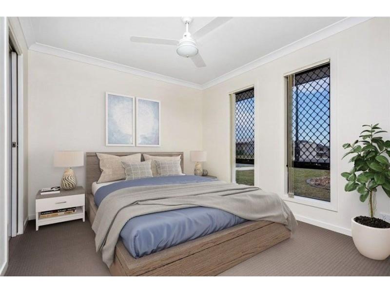 1/24 Fantail Avenue, Redbank Plains QLD 4301