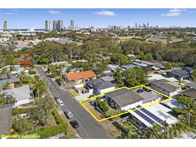 38 West King Street, Southport QLD 4215