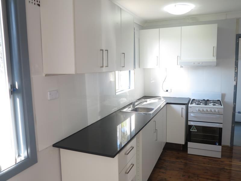 8 Maxwells Avenue, Ashcroft NSW 2168