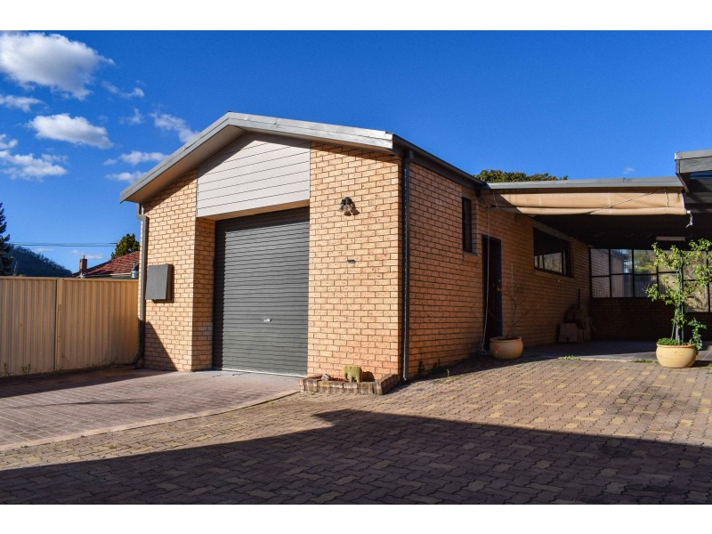 5 Enfield Avenue, Lithgow NSW 2790