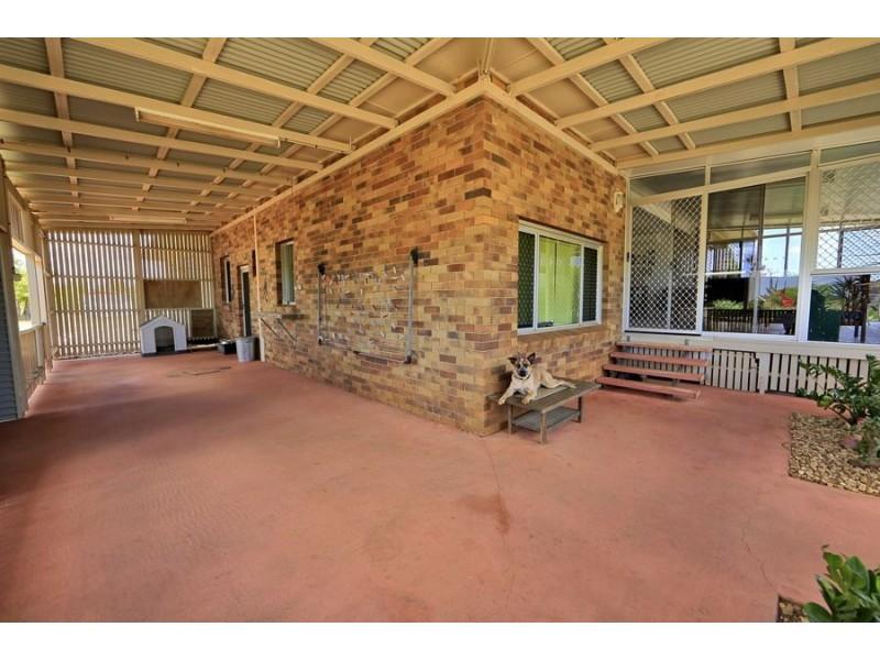 198 paynes road, Alloway QLD 4670