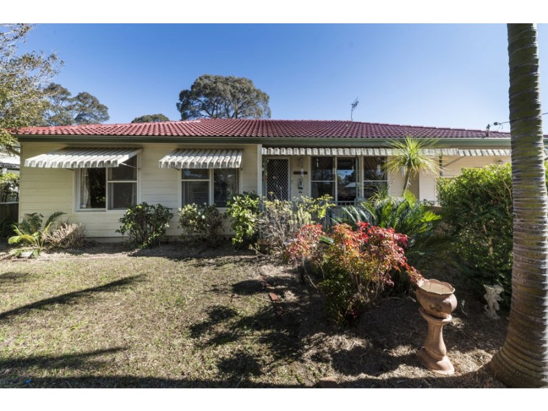 17 McDonald Ave, Nowra NSW 2541