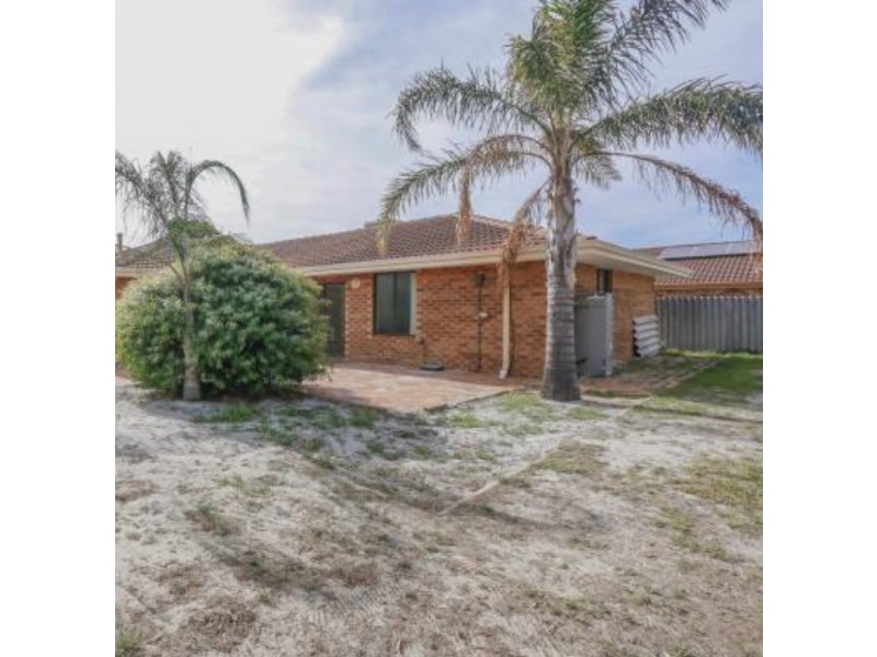 26 Regal Drive, Thornlie WA 6108