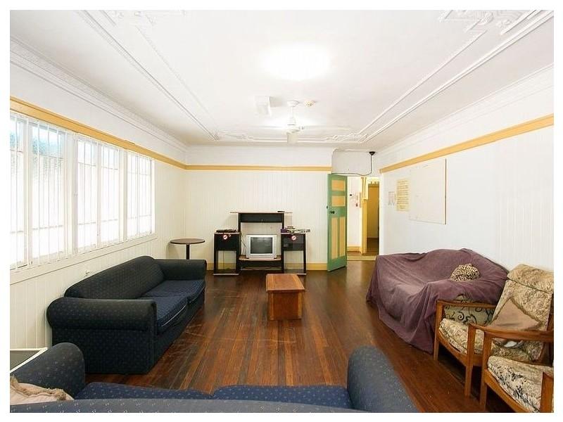 4 – 6 Charles Street, Pialba QLD 4655