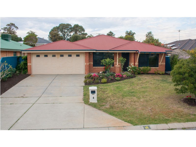 4 Bembridge Loop, Hocking WA 6065