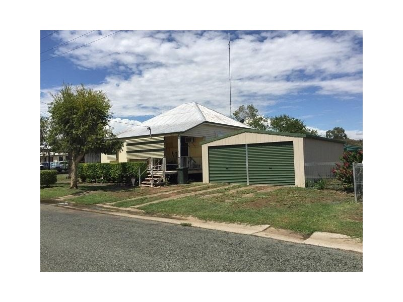15 Railway Avenue, Wowan QLD 4702