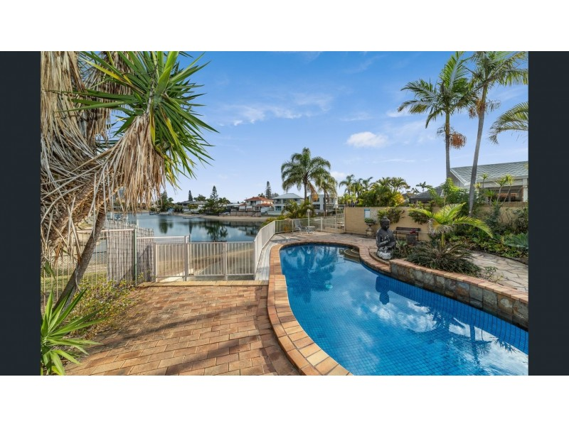 19 Aubrey Street, Surfers Paradise QLD 4217