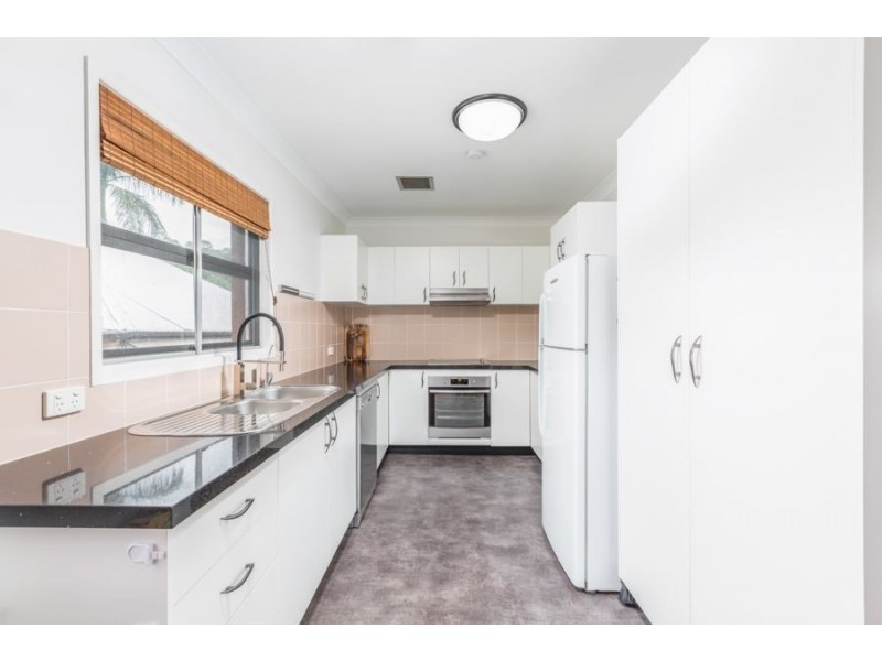 22 Hayes Street, Brassall QLD 4305