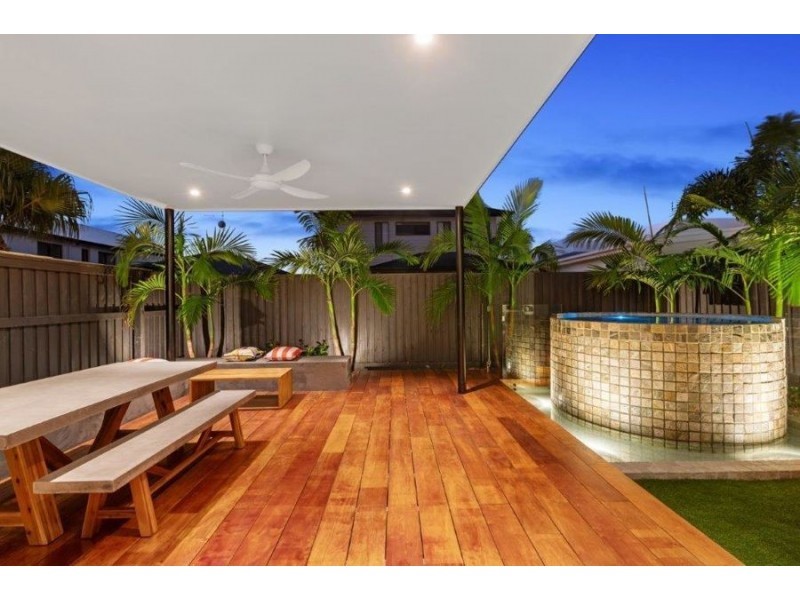 34 Tranquility Way, Palmview QLD 4553