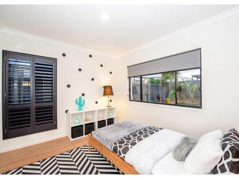 15 Canavalia Street, Palmview QLD 4553