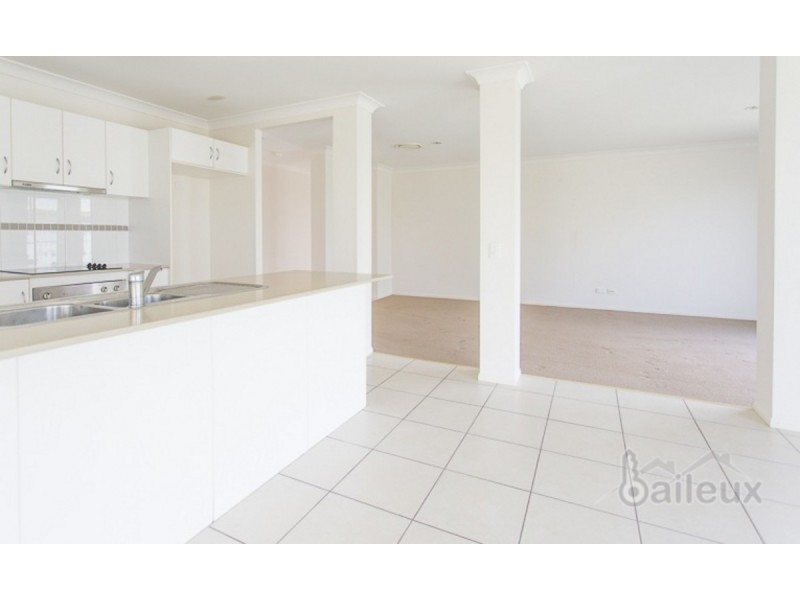 94 Whitehaven Drive, Blacks Beach QLD 4740