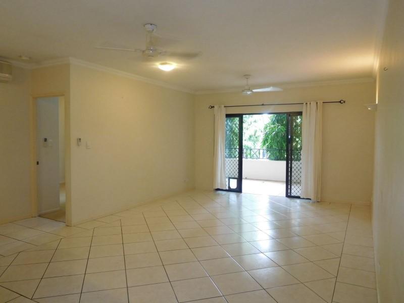9/312-316 Lake Street, Cairns North QLD 4870
